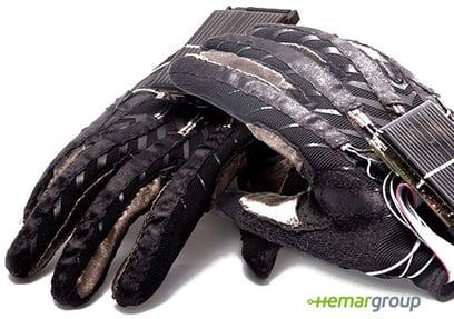 enabletalk_gloves2