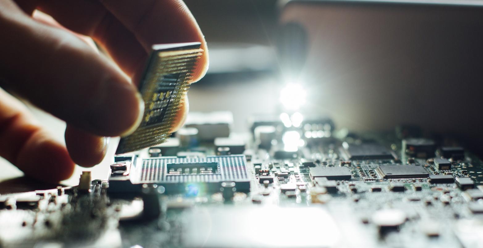 5 trend tecnologici che cambieranno azienda elettronica
